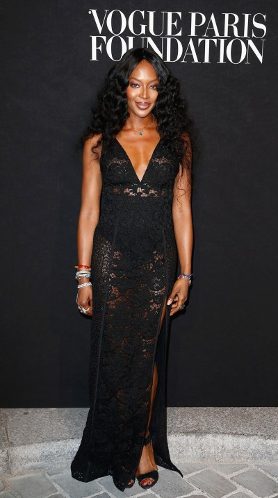 12. Naomi Campbell in Burberry - special dress @ Vogue Fashion Night