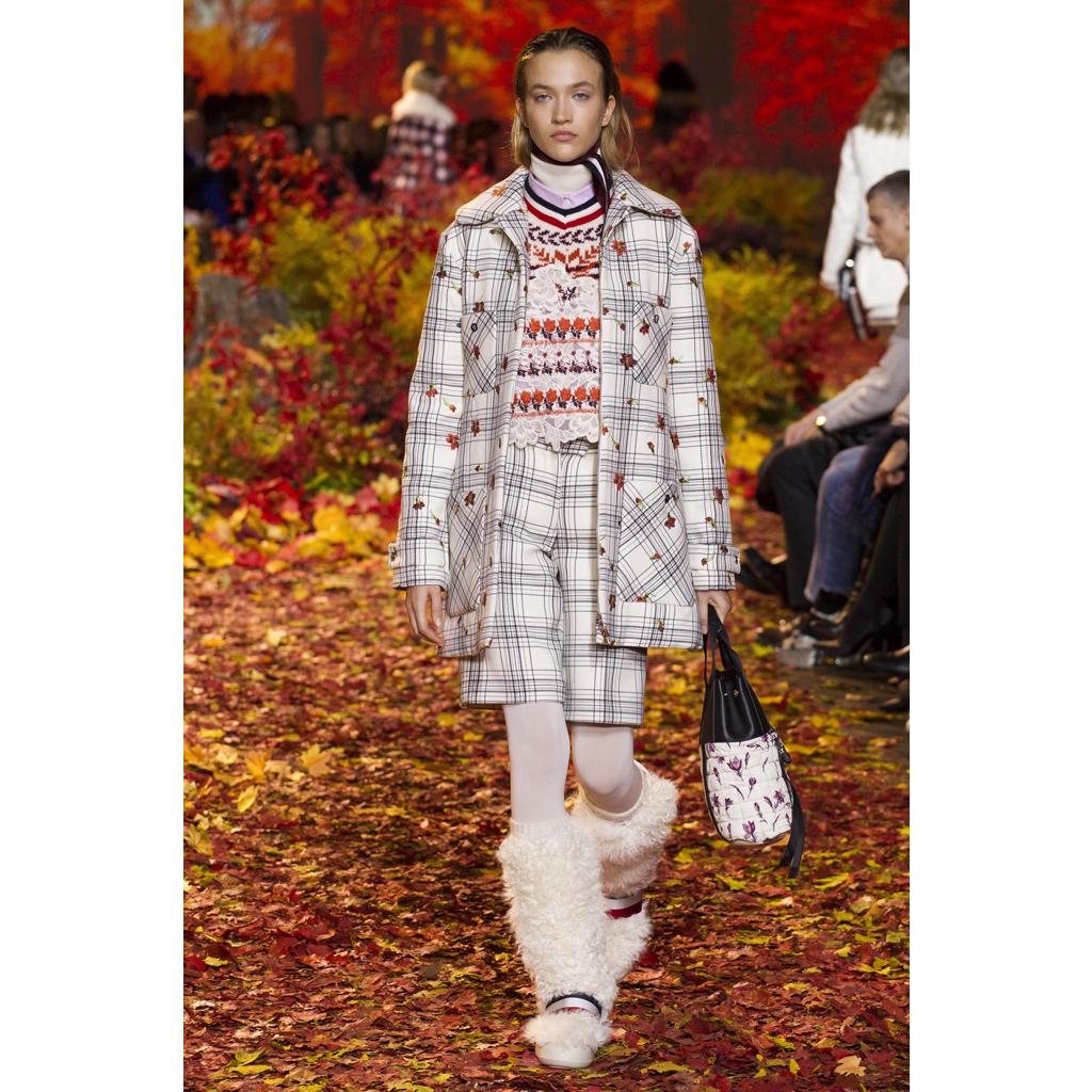 Moncler Fall17 - Ricamificio Paolo Italy - The Italian Embroidery