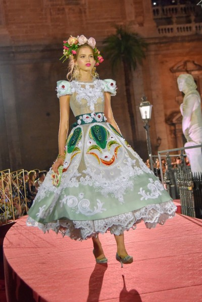 Dolce&Gabbana AM 2017 - Ricamificio Paolo Italy - The Italian Embroidery