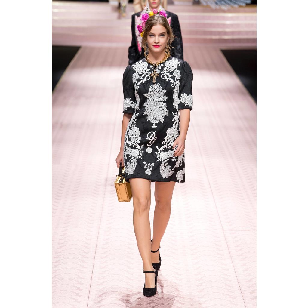 Fashion Embroidery - Ricamificio Paolo Italy