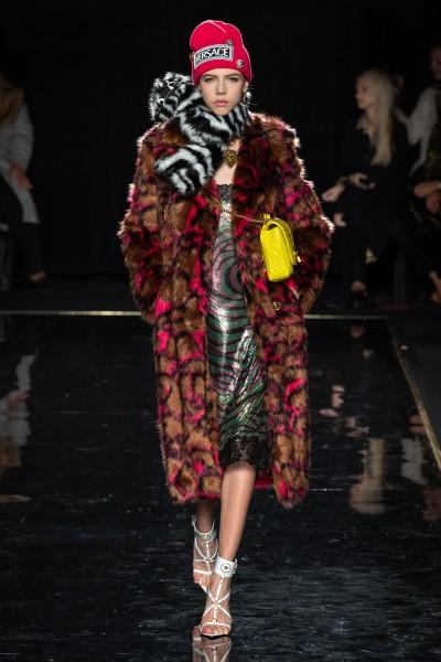 Versace Pre-Fall 2019-3 - Ricamificio Paolo Italy